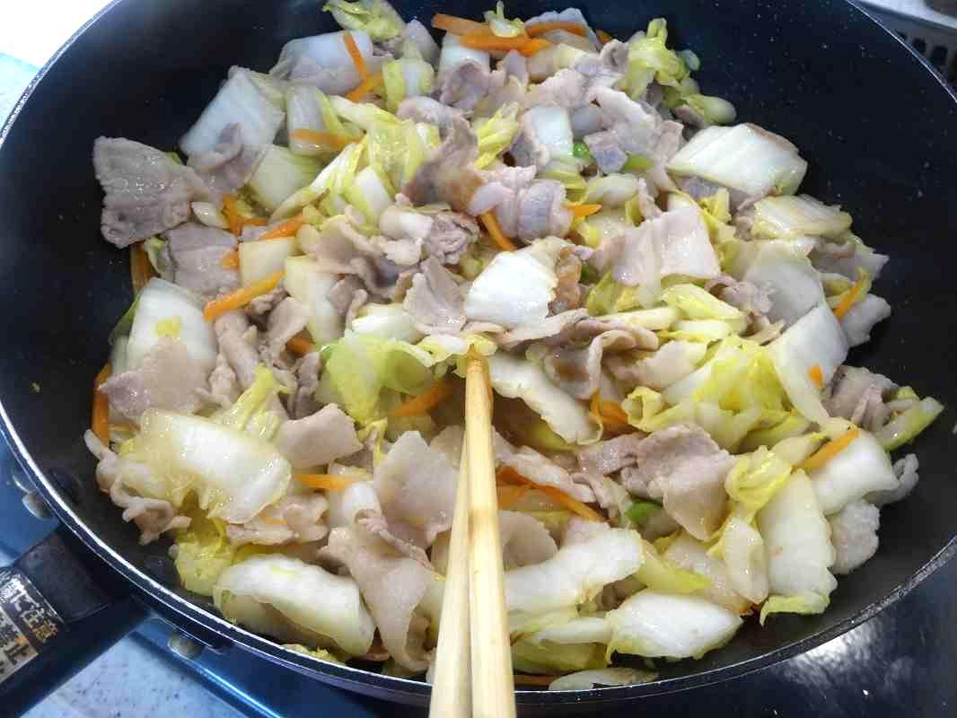 白菜と豚バラの中華炒め5